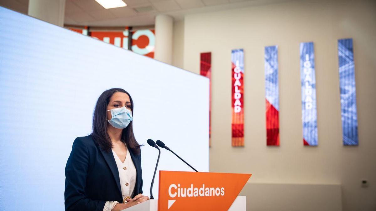 Inés Arrimadas en la rueda de prensa telemática  que ofrece tras su baja por maternidad