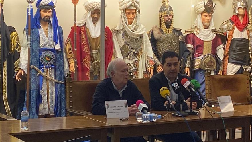 El alcalde de Alcoi y el president de la Associació de Sant Jordi han anunciado el aplazamiento de las fiestas