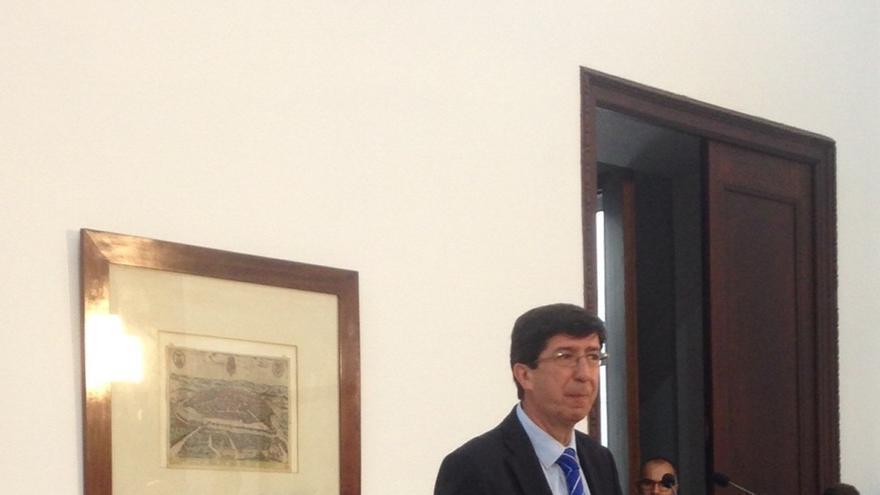 Marín anuncia que C's votará a favor si Susana Díaz firma los documentos con sus propuestas