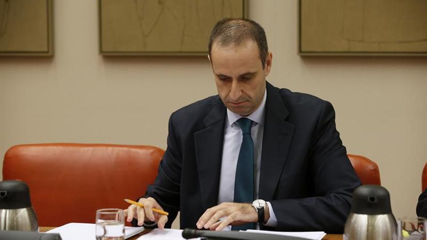 """El FROB ve """"una alternativa razonable"""" la fusión de Bankia y BMN"""