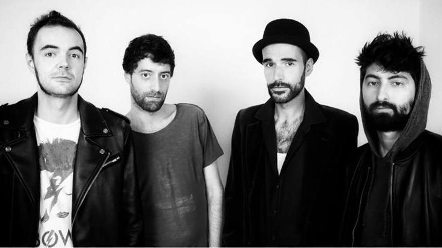 Integrantes de la banda LaChica & LaGrande.