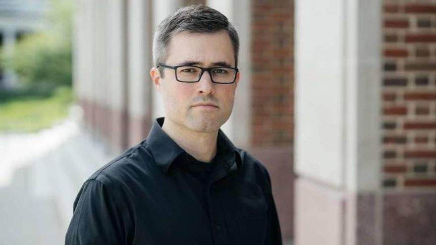 Mark Bray, historiador y autor de 'Antifa: el manual del antifascista'