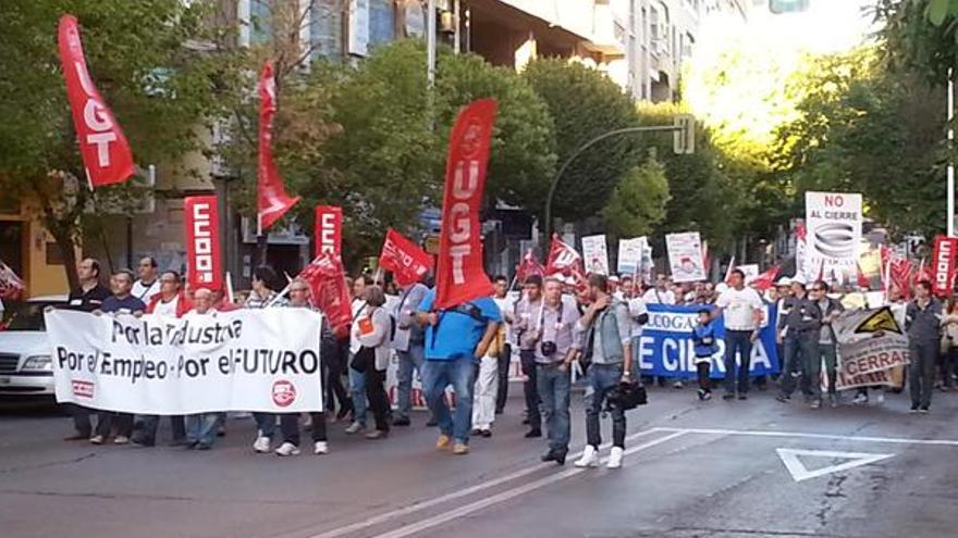 Manifestación contra el cierre de Elcogas. Foto por @peradelamancha / Twitter