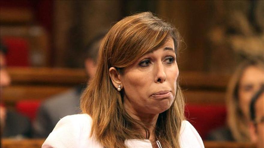 """Sánchez-Camacho acusa de """"pasividad"""" al Govern ante los ataques a las sedes del PPC"""