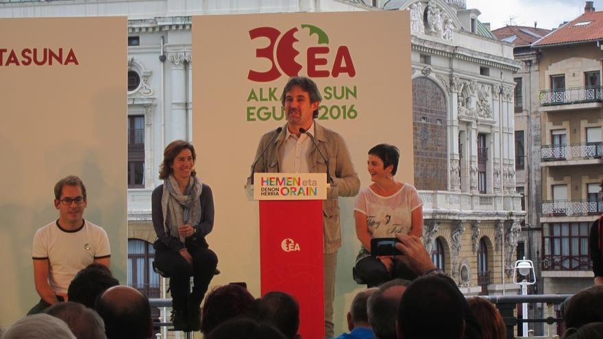 """EH Bildu emplaza al PNV a """"dejar claro"""" su compromiso con el derecho a decidir"""