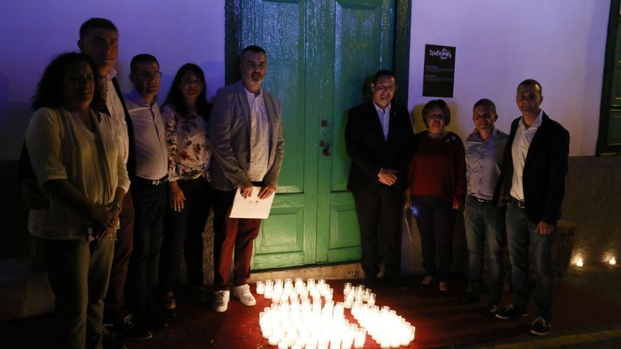 Encendido de velas, una acción que convirtió la noche en algo espectacular