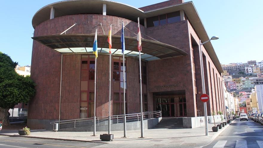 El Cabildo de La Gomera limita la atención presencial en sus oficinas por la alta incidencia de COVID-19