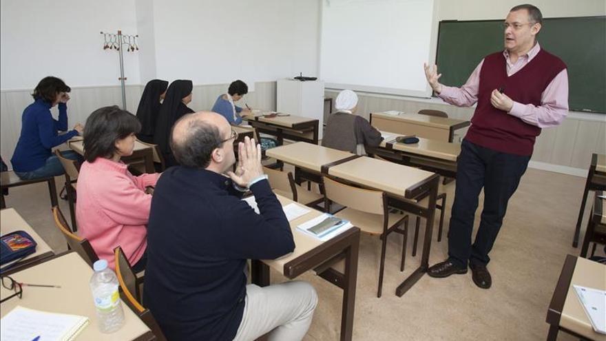 El CSIF insta a constituir ya la nueva mesa de negociación del personal docente