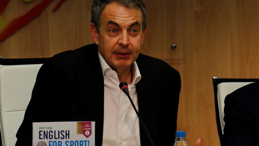 """Zapatero dice que """"el judo es bueno en política"""" y que hay que derrotar """"con cintura"""", no """"a la primera y por la fuerza"""""""