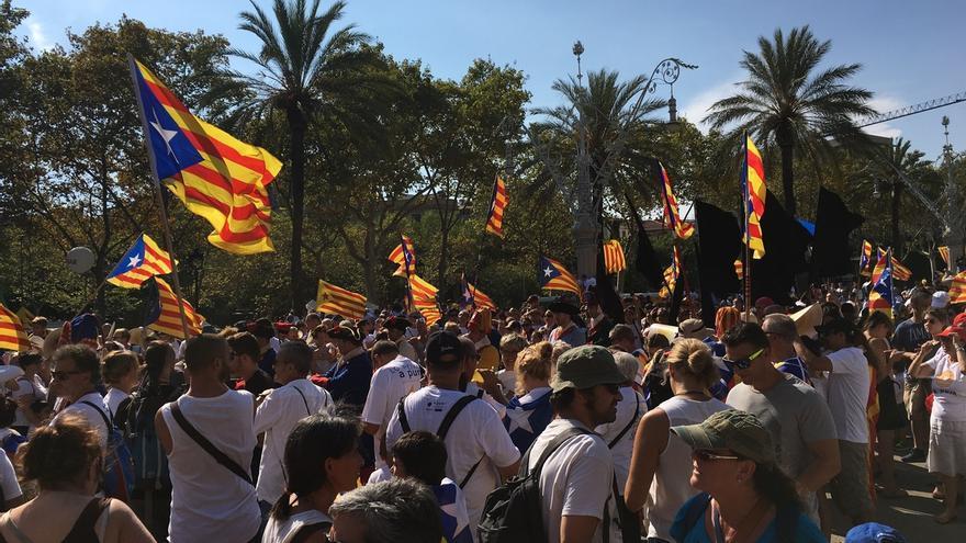 """Colau pide al Gobierno un referéndum para resolver el """"bloqueo"""" con Cataluña"""