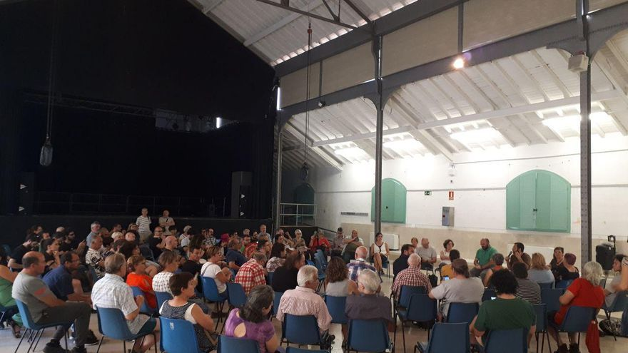 Asamblea de Una Comunidad en Movimiento, el pasado miércoles en El Matadero.