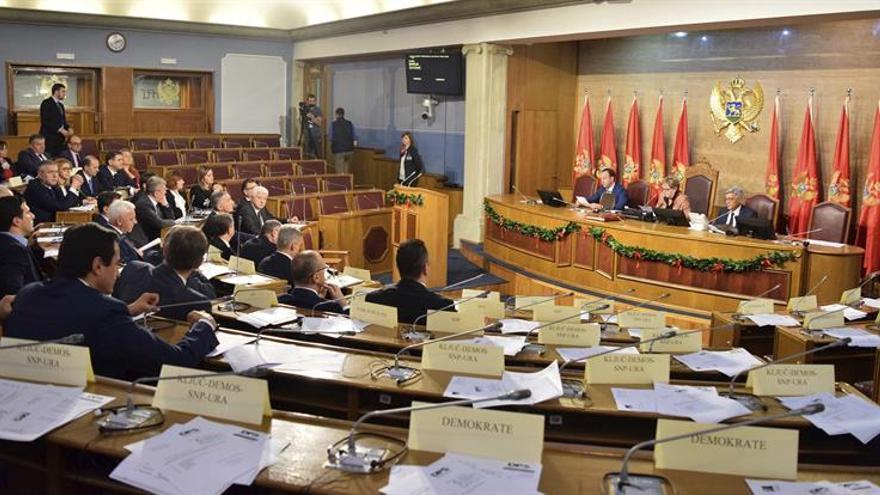 El Parlamento de Montenegro aprueba el nuevo Gobierno socialista
