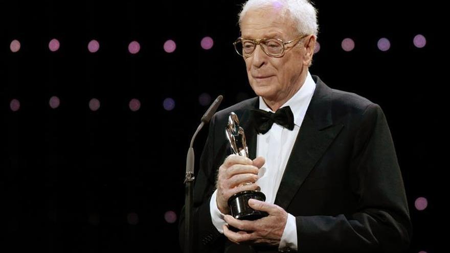 """Michael Caine, """"tremendamente honrado"""" con su premio honorífico europeo"""