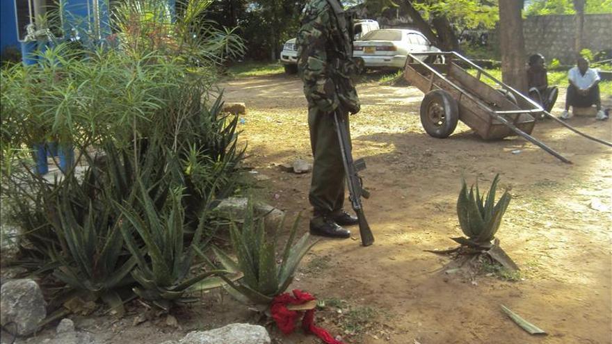 Al menos 10 heridos en un ataque con granada en un centro turístico en Kenia