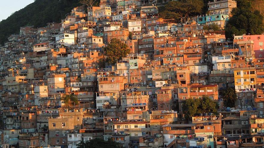 Favela en Río de Janeiro. (CA).