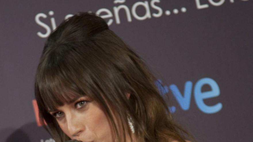 La actriz Marta Etura con su Goya