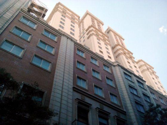 Fachada trasera del Edificio España (vista desde la calle Maestro guerrero) | SOMOSMALASANA.COM