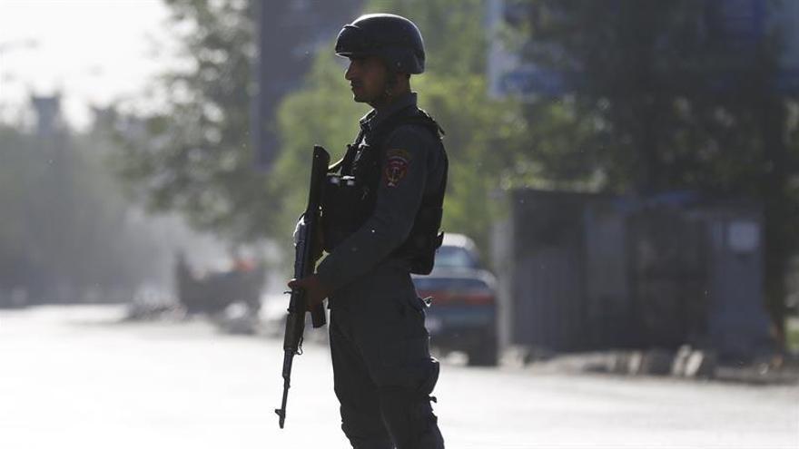 Al menos 29 muertos y 63 heridos en ataque contra mezquita chií en Afganistán