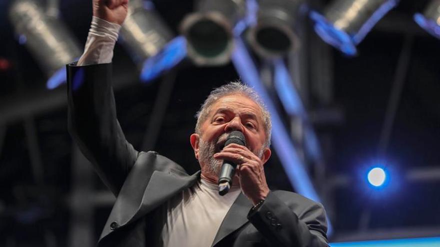 El PT brasileño defiende elecciones anticipadas y piensa en Lula como candidato