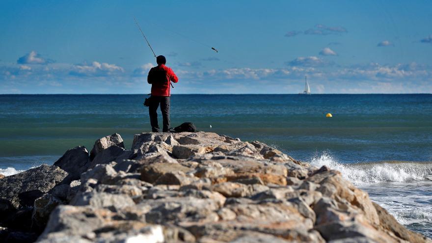 """El """"pescaturismo"""" y el """"turismo marinero"""", en auge en España tras la covid"""