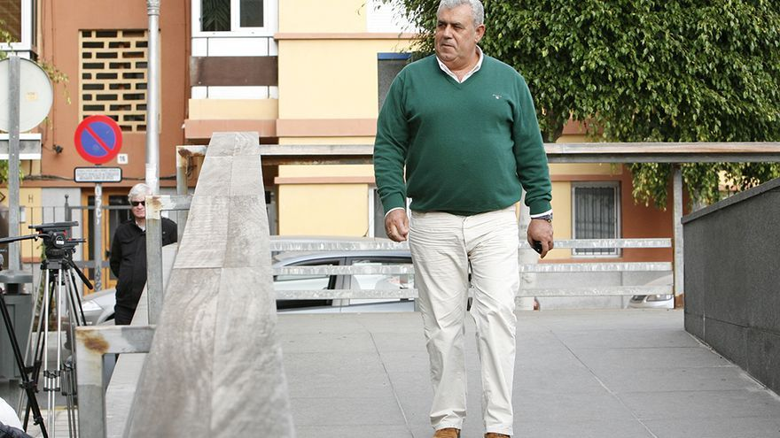 José Luis Mena en el Juzgado de Telde. FOTO: Alejandro Ramos