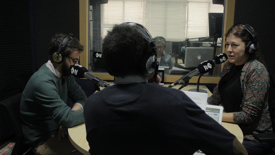 Jorge Galindo, sociólogo y máster en Políticas Públicas, y Magda Bandera, directora de la Marea, analizan la situación en Cataluña