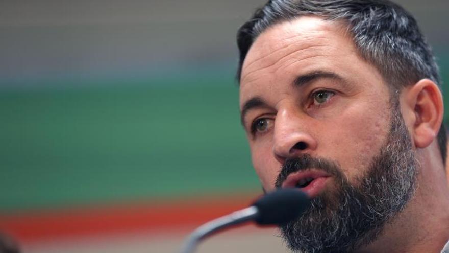 Vox dice que expulsa a dos ediles por traicionar a sus votantes en Roquetas