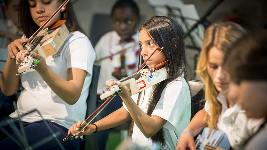 Orquesta de Instrumentos Reciclados. / Foto:Ecoembes.