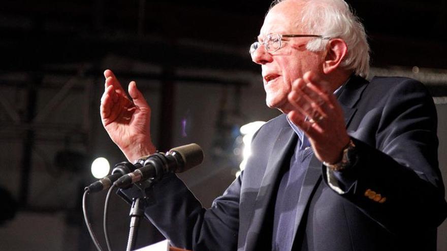 Bernie Sanders arrasa en las primarias demócratas de su estado,