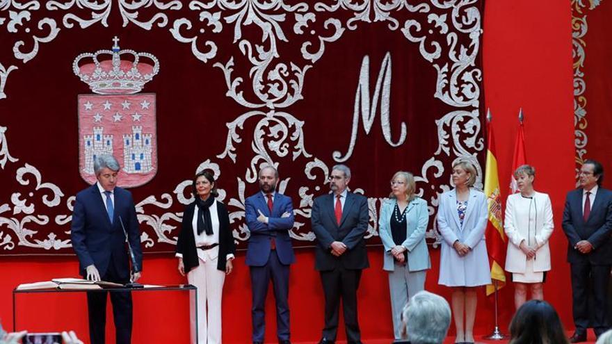 Ángel Garrido en la toma de posesión como presidente de la Comunidad de Madrid. Efe