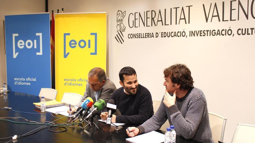 El secretario autonómico Miquel Soler, el conseller Vicent Marzà y el director general Rubén Trenzano
