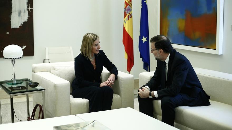Rajoy aborda el conflicto en Ucrania y la lucha contra el yihadismo con Mogherini