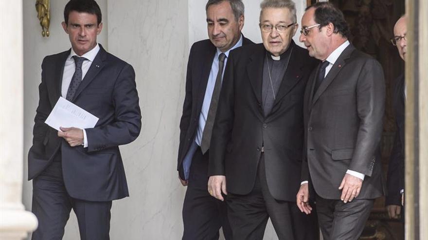 Los líderes religiosos franceses piden a Hollande más protección antiterrorista