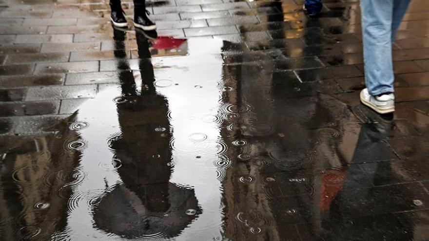 Nieve, lluvia y frío mantienen en alerta a 25 provincias de 12 comunidades