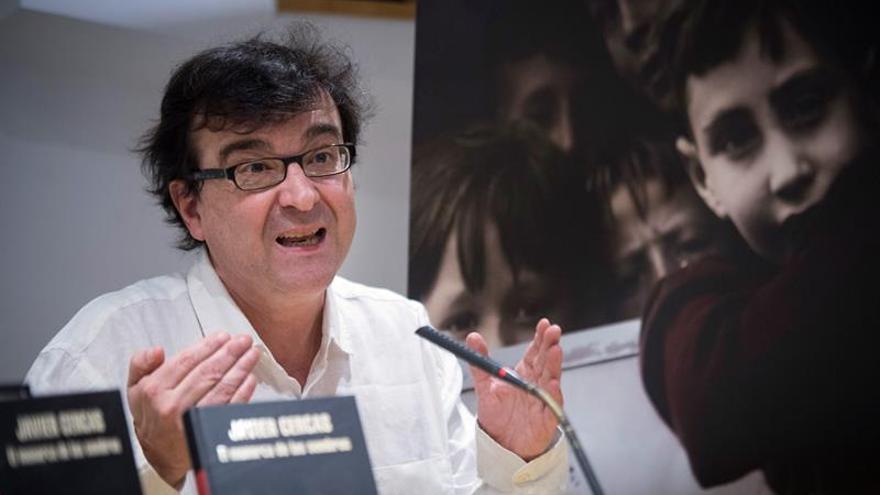 Cercas ve Cataluña como el último eslabón de la ola de populismo nacionalista