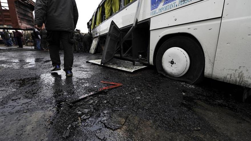 Ascienden a 74 los muertos en el doble atentado en Damasco, según ONG