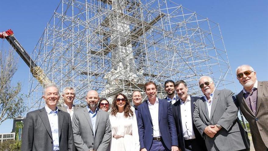 Reubican en Buenos Aires la polémica estatua de Cristóbal Colón
