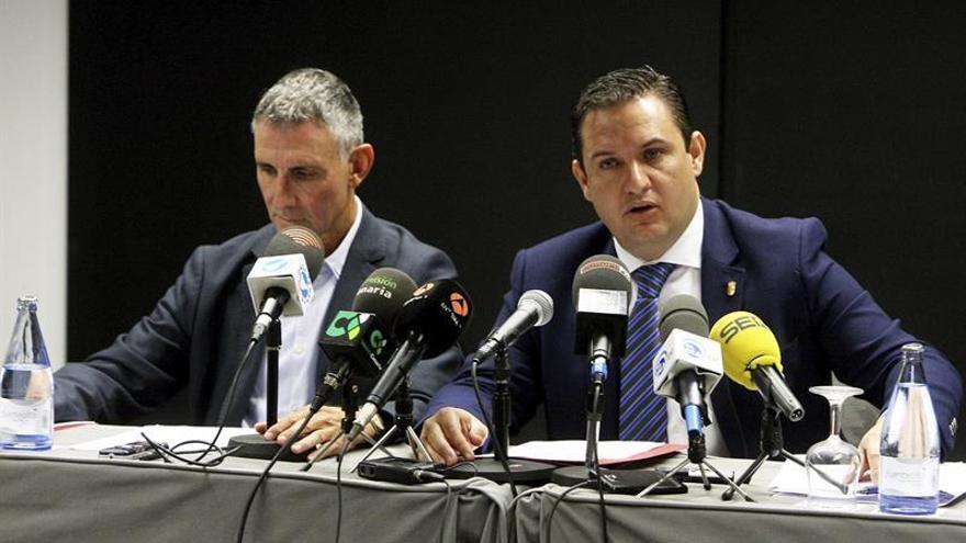 Arona exige al Gobierno de Canarias que asuma sus competencias exclusivas y sus compromisos en Sanidad
