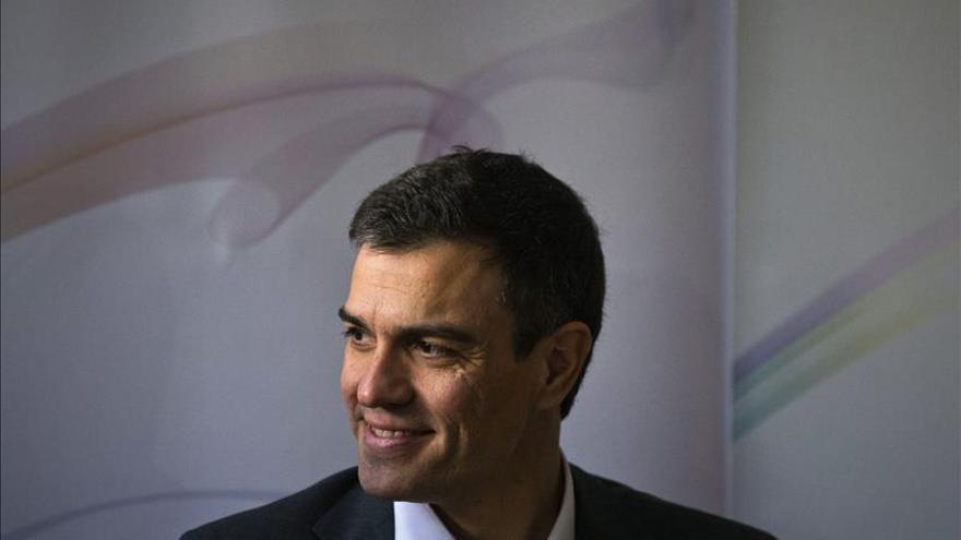 """Pedro Sánchez dice que España """"no soporta más divisiones"""", ni del PP ni de Podemos"""