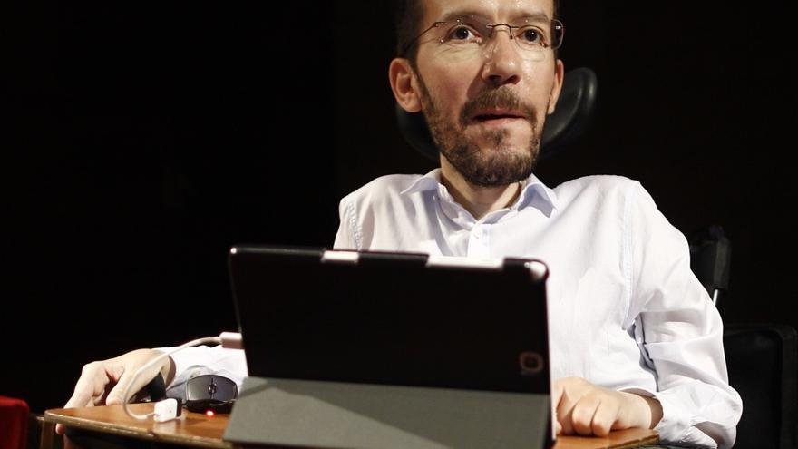 """Echenique pide a los candidatos a liderar a Podemos en Cataluña un """"partido fuerte"""" para una futura confluencia"""