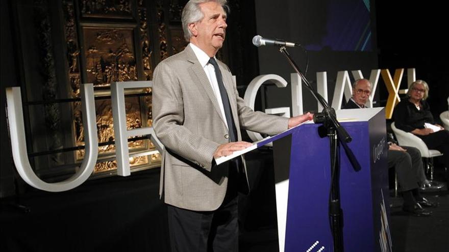 Tramo final de la campaña uruguaya con Vázquez tranquilo y Lacalle Pou resignado