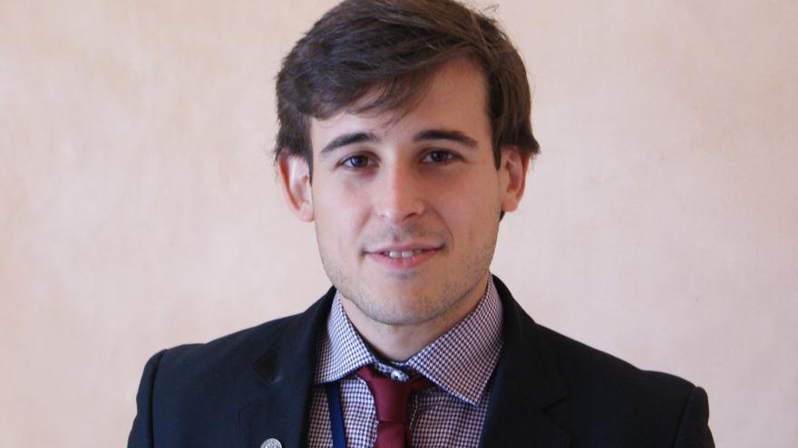 David Santos es uno de los universitarios que participa en el SICE 2013