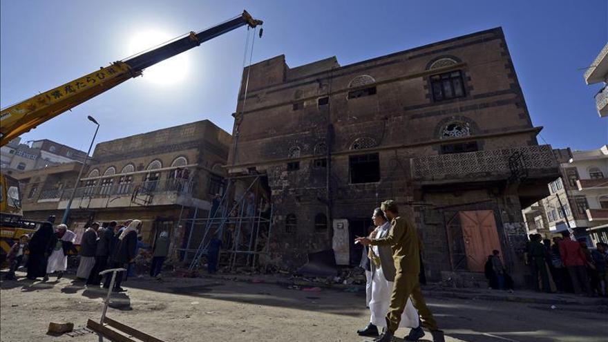 Se estrella un avión de combate en el sur de Saná