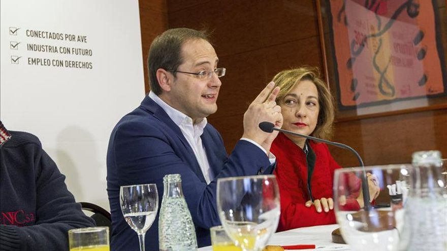 """Luena asegura que Rajoy, """"supuestamente"""", cobró 350.000 euros en los papeles de Bárcenas"""