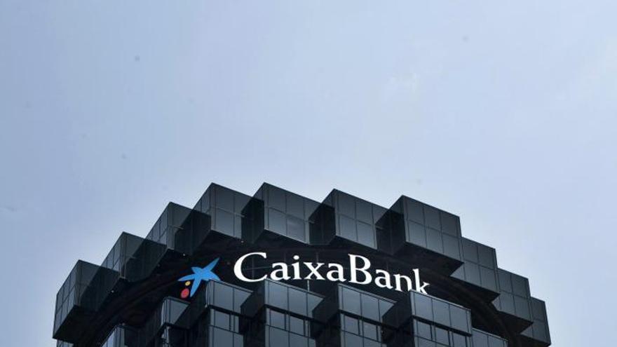 CaixaBank vende el 5,01 % de Bolsas y Mercados Españoles por 124 millones