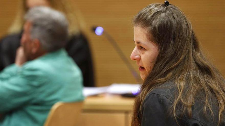La madre del bebé fallecido, durante un momento del juicio.