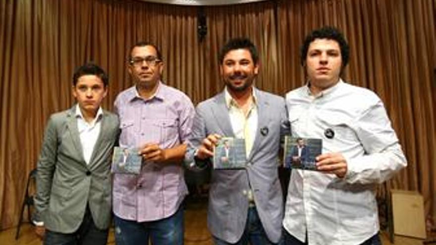 Miguel Poveda inaugura su sello discográfico