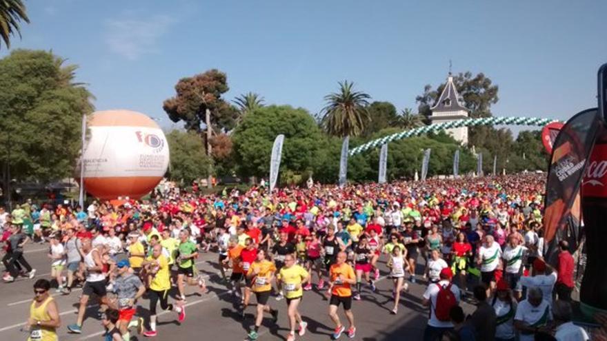 20.000 corredores han disfrutado en la Volta a Peu de Valencia 2016.