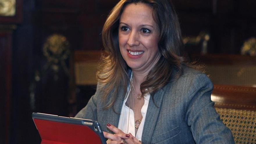 """CC y PSOE hacen un """"traspaso natural de carteras"""" en el Gobierno de Canarias"""