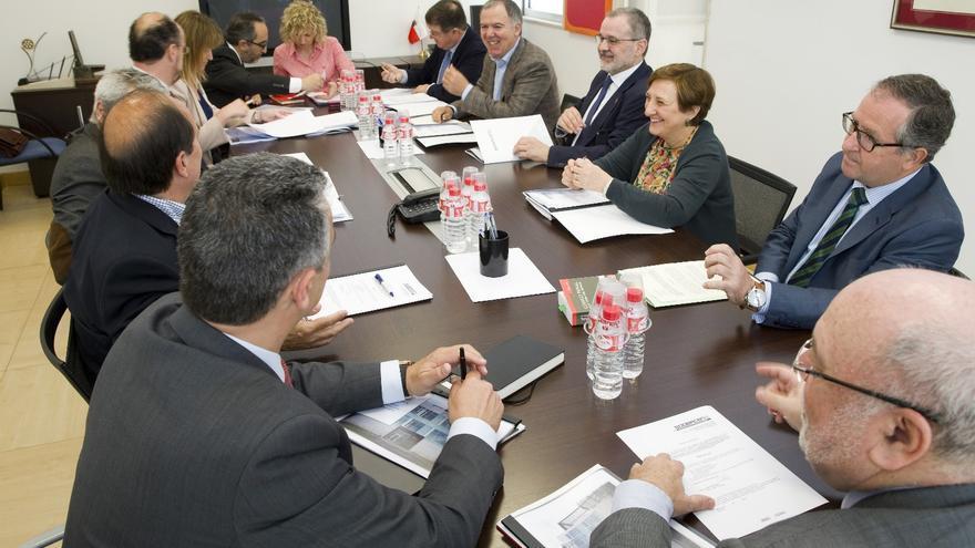 El Consejo de Administración de Sodercan está formado por varios miembros del Ejecutivo y los agentes sociales y económicos de Cantabria.